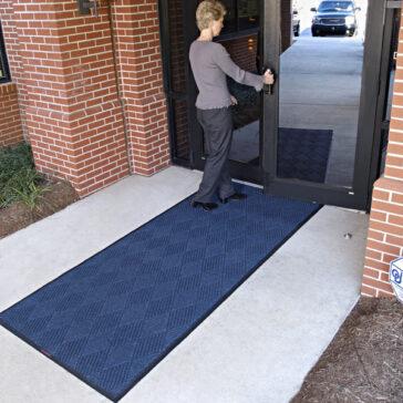 WaterHog Eco Premier Entrance Mat